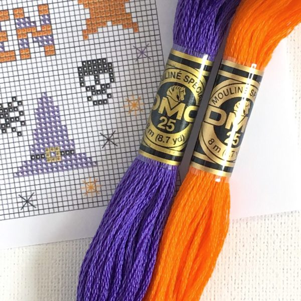 happy-halloween-cross-stitch-pattern-and-threads