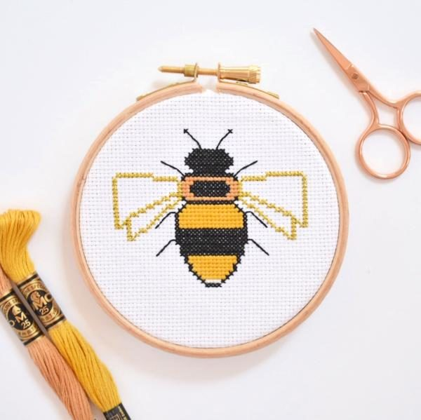 bee-cross-stitch-kit-for-beginners