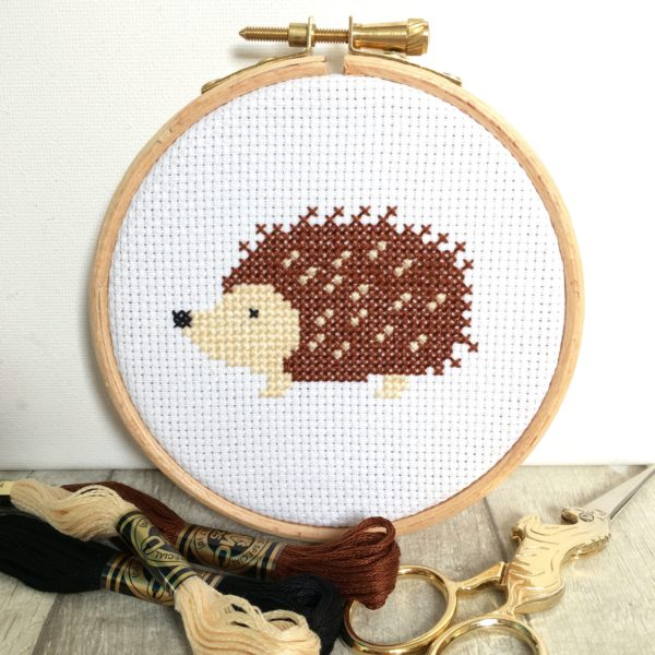 hedgehog-cross-stitch-hoop