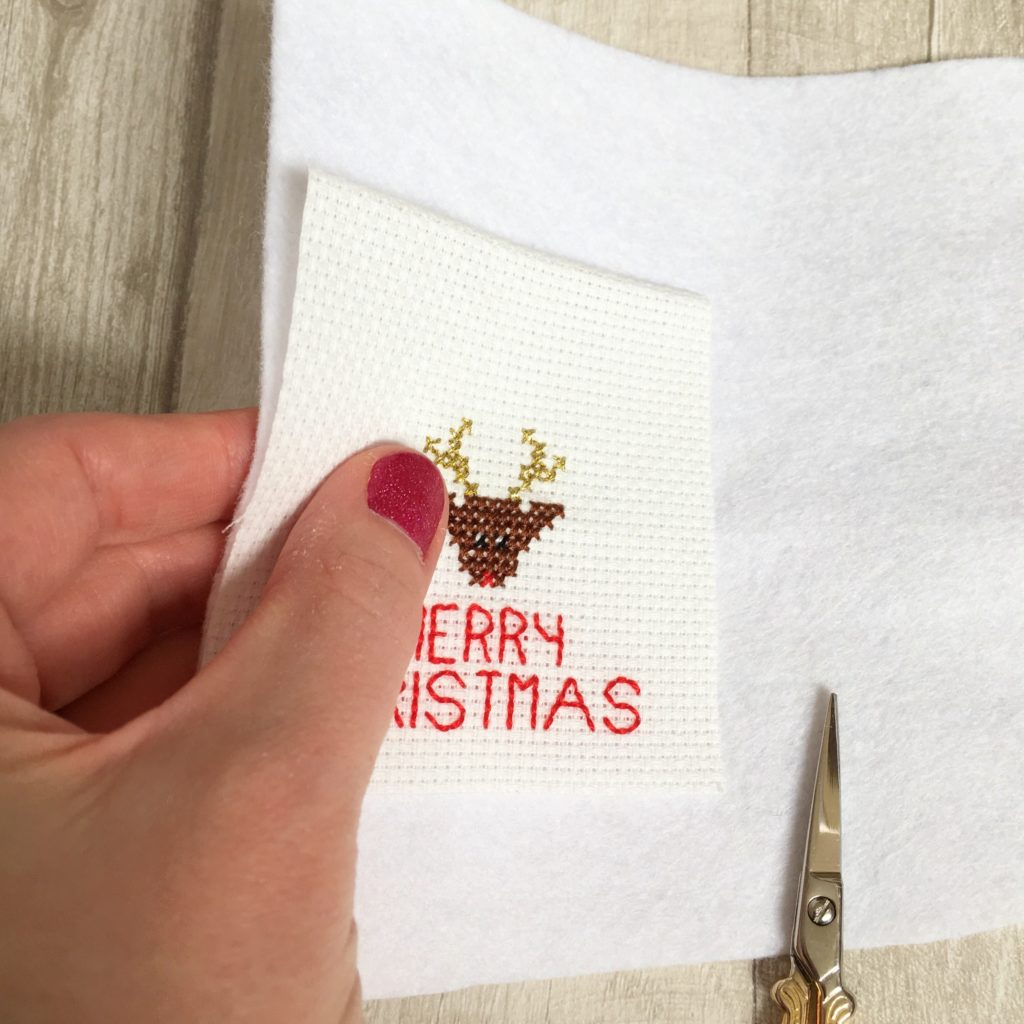 how-to-make-cross-stitch-christmas-cards-4