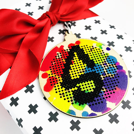 cross-stitch-bauble