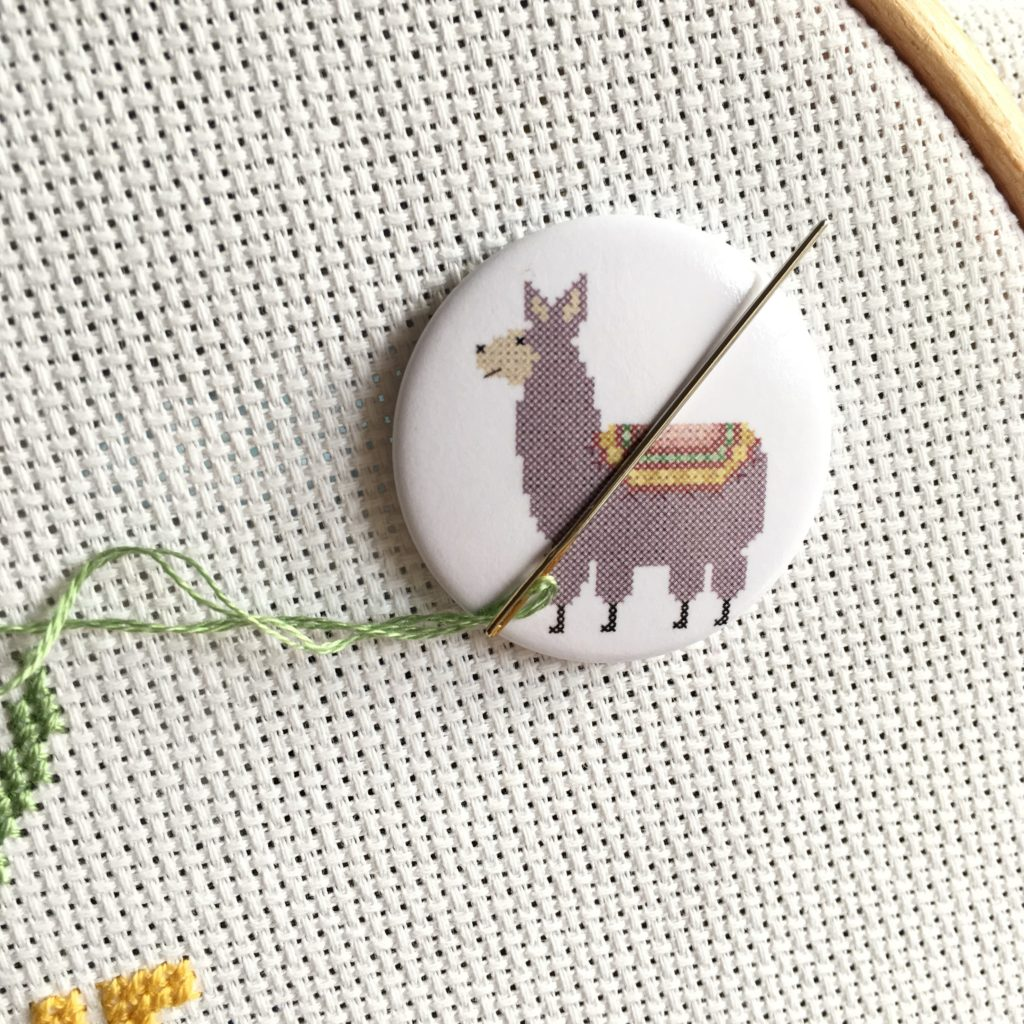 little-llama-needle-minder