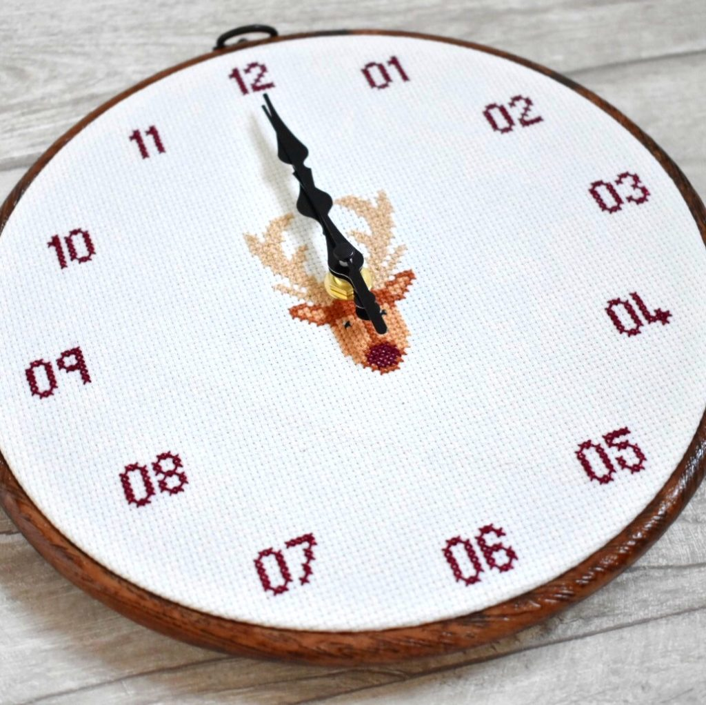 cross-stitch-clock-pattern