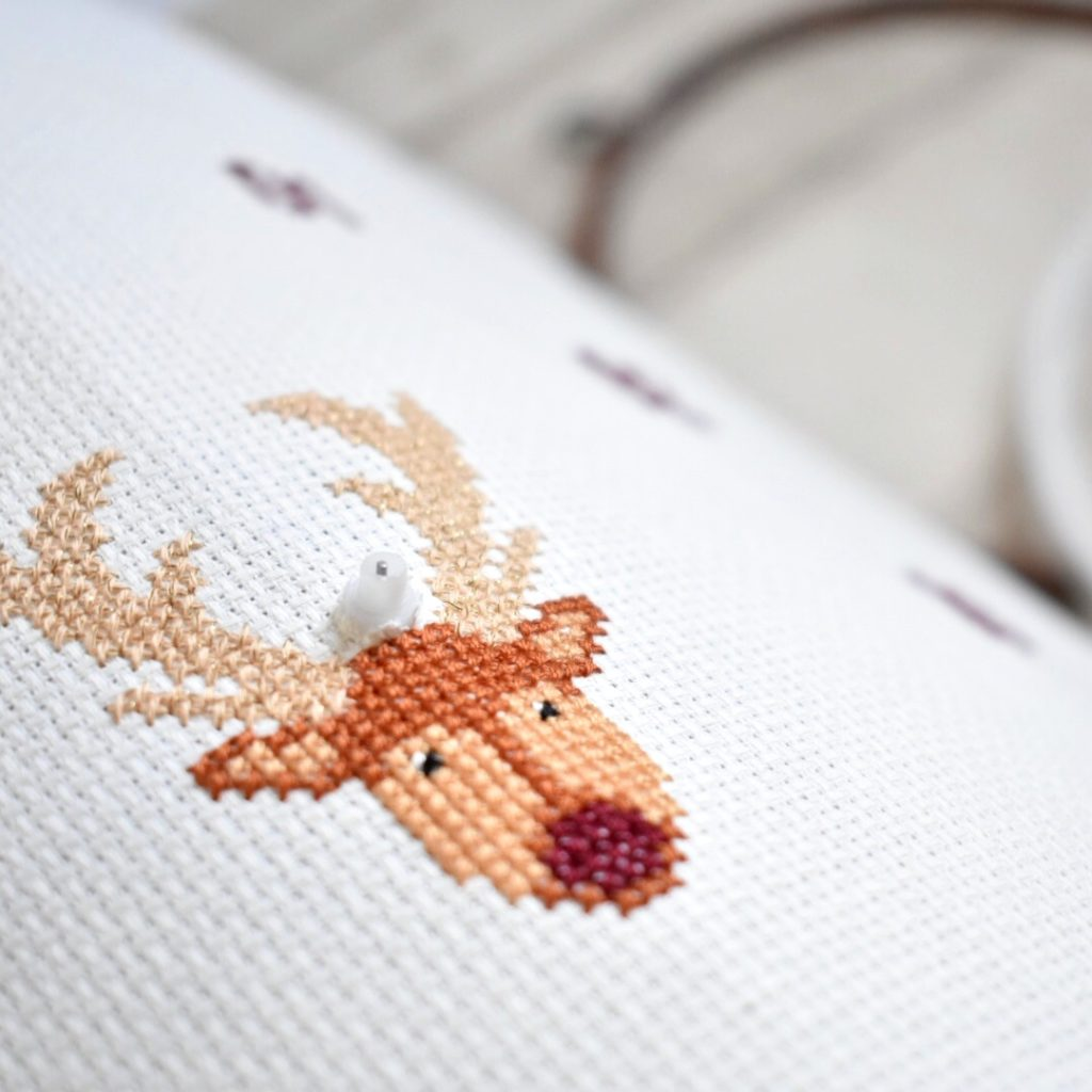 cross-stitch-clock-tutorial-check-hole